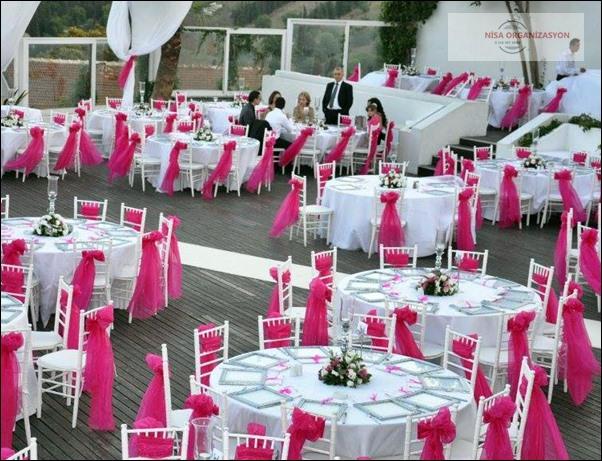 Düğün için masa sandalye kiralama
